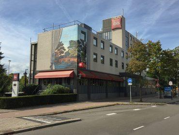 Muurschildering Ibis Hotel